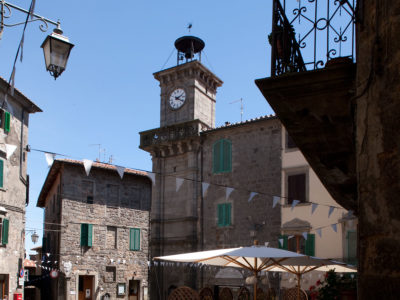 piancastagnaio_piazza_orologio2