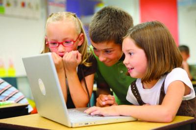 Children_at_school_(8720604364)