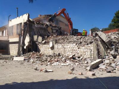 demolizione scuola castiglione