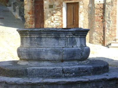 cisterna piazza castiglione