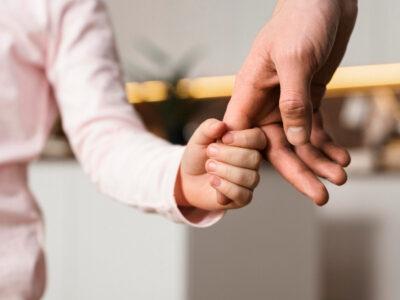 bambini genitori famiglia